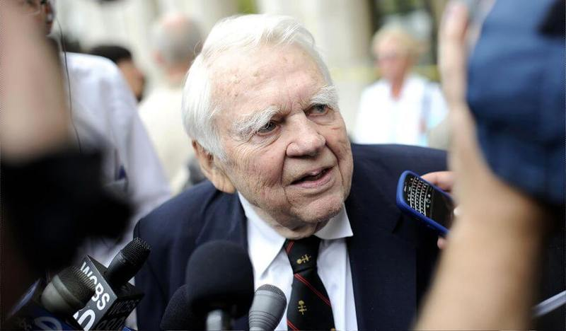 andy rooney last essay on 60 minutes After appearing on the sunday evening news show 60 minutes since july 1978, this coming weekend's broadcast will be andy rooney's last regular appearance on the cbs series 92 year old rooney will end his run with a look back at his career followed by his 1097th original essay.